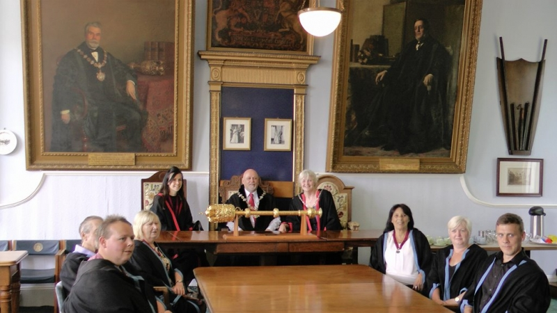 Queenborough-Town-Council-in-the-Guildhall-1